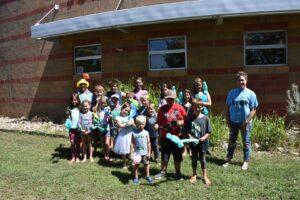 Kids at Sunnyside Community Library