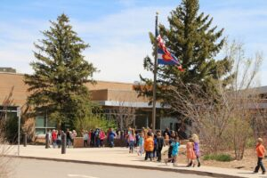 Fort Lewis Elementary School with students