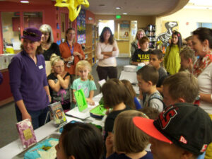 Parents and students at Sunnyside Library